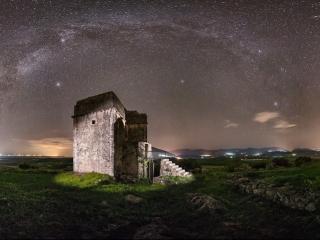 Photo Credit: Γιώργος Μαλαμίδης Πύργος Ραγίου στη Θεσπρωτία