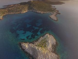 Απέναντι από την Μεθώνη βρίσκεται το νησάκι της Σαπιέντζας. Photo Credit: Loukas Hapsis Photography Facebook Page: https://www.facebook.com/loukas.hapsis.photography